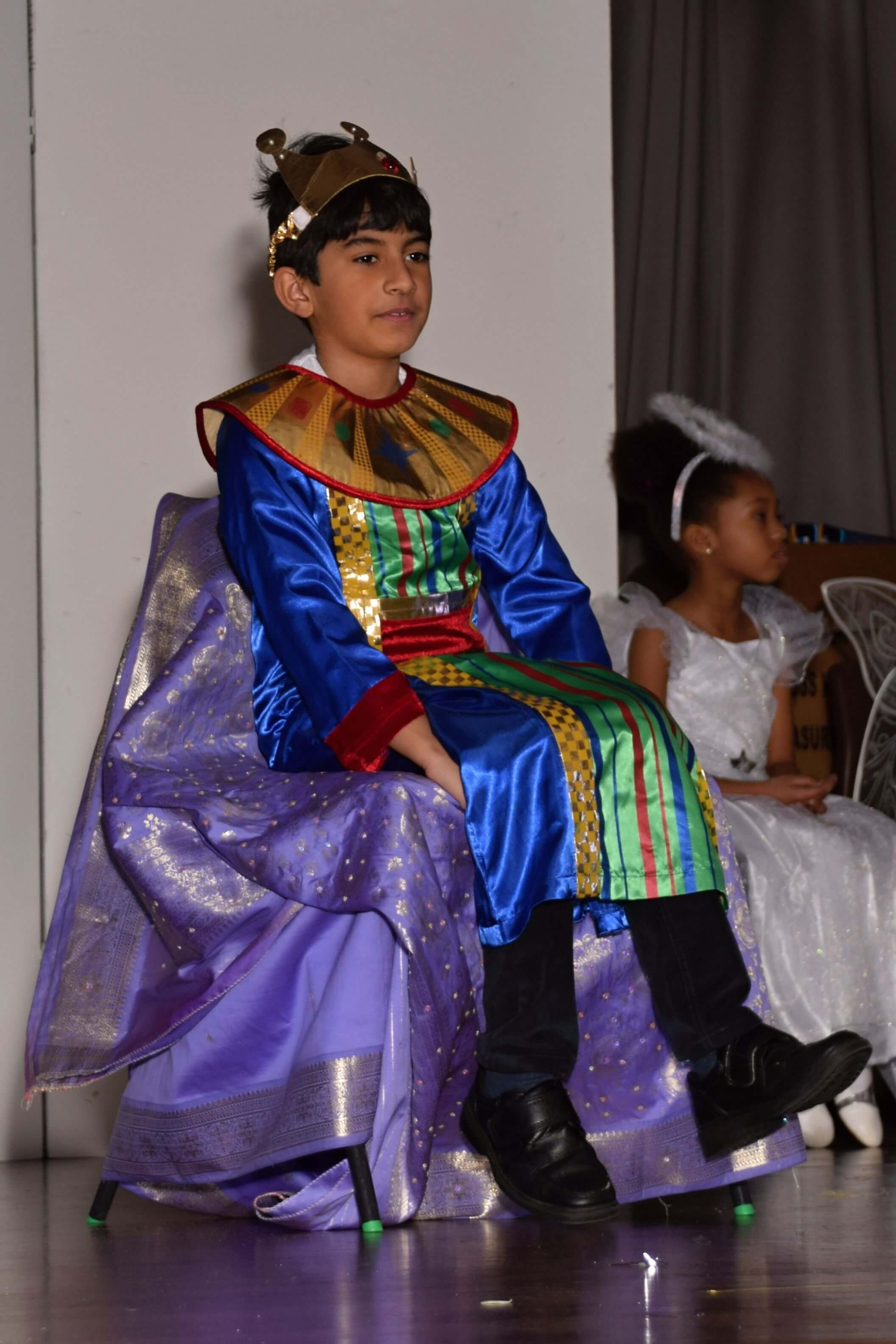 christmas play, king on throne
