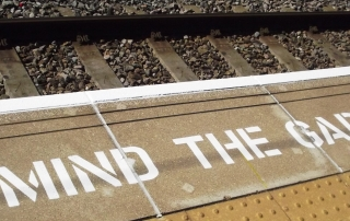 mind the gap train railroad